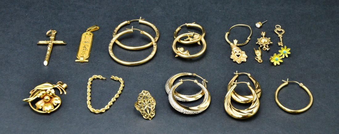 Lot of 10KT 14KT 18KT Gold Scrap or Repurpose Jewelry