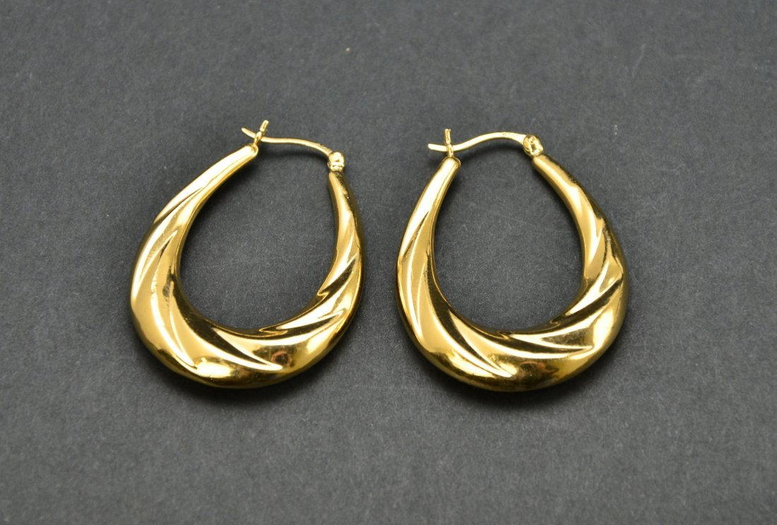 Lot of 10KT 14KT 18KT Gold Scrap or Repurpose Jewelry - 9