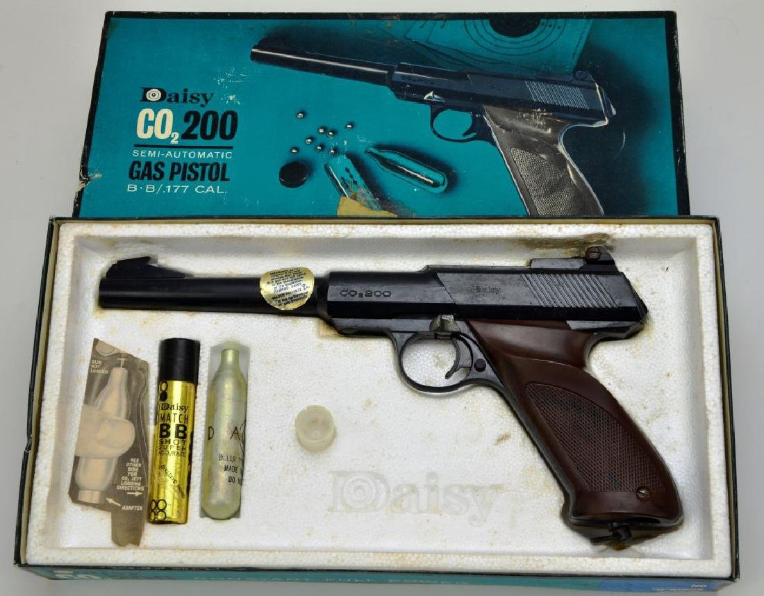 Daisy CO2/200 Semi-Automatic Gas Pistol BB / .177 Cal