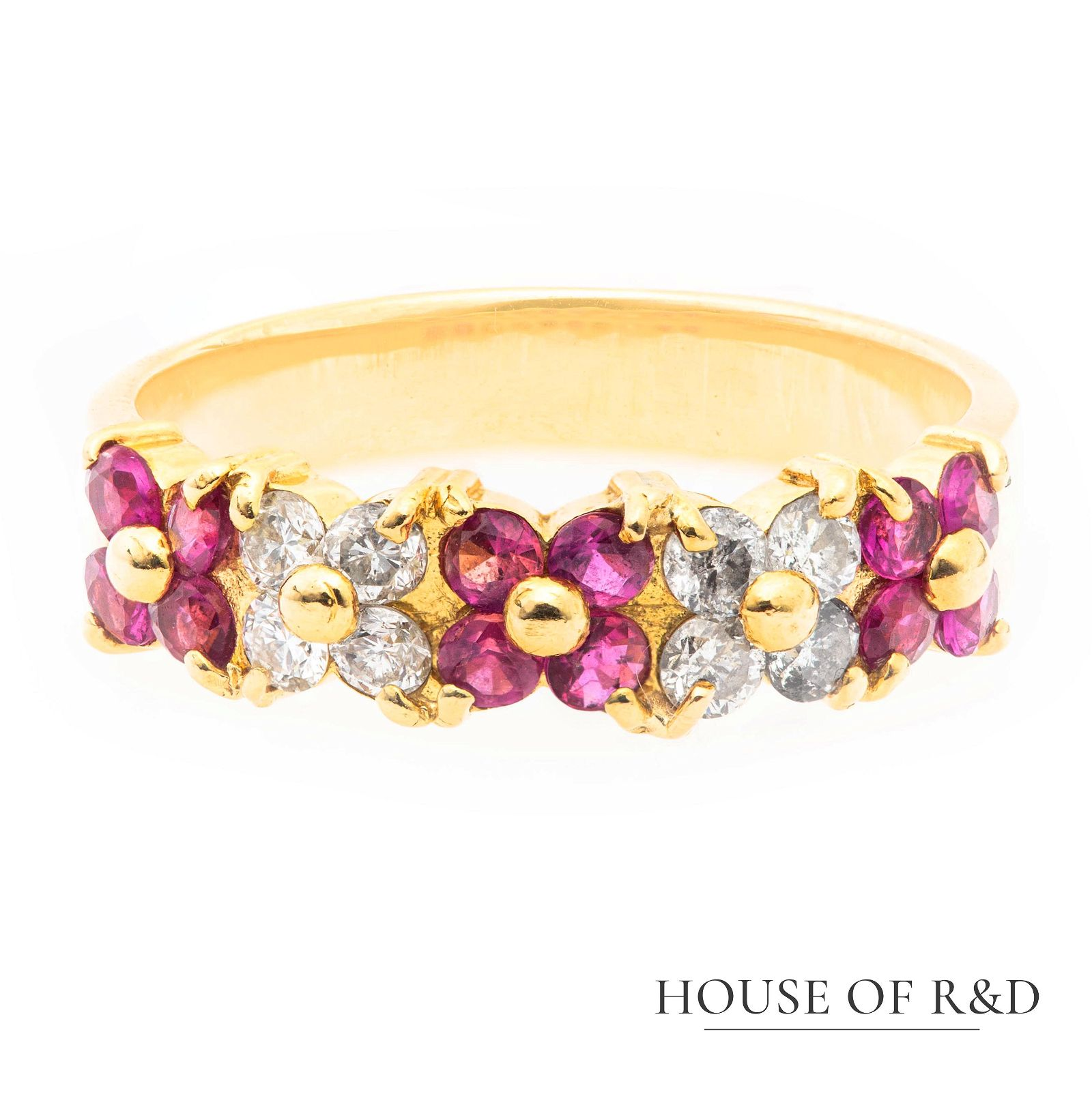 18k Yellow Gold - 0.80tcw -  Ruby & Diamonds Ring
