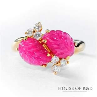 18k Yellow Gold - 5.82tcw - Ruby & Diamonds Ring