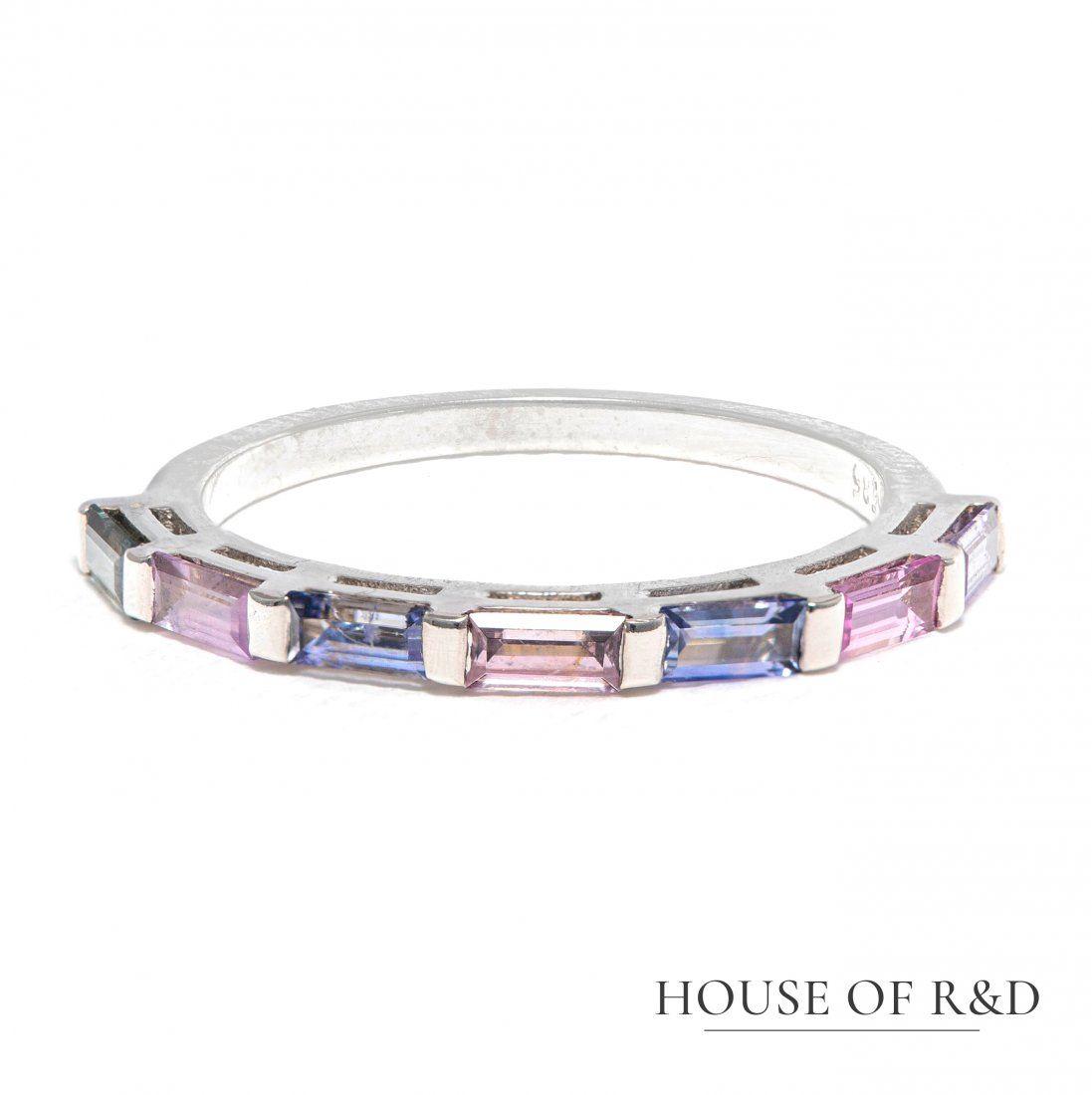 14k White Gold - 0.80tcw - Sapphire Ring