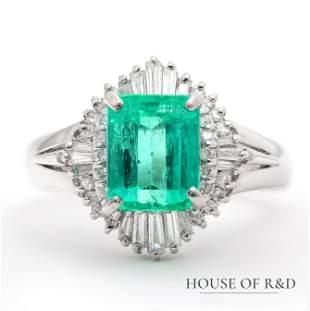 Platinum 900 - 2.15tcw - Emerald & Diamonds Ring