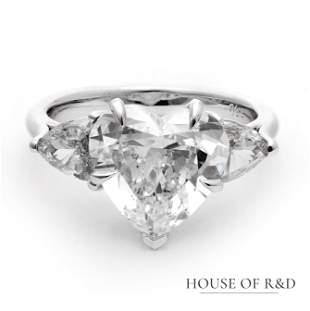 18k White Gold - 4.69tcw - Diamonds Ring
