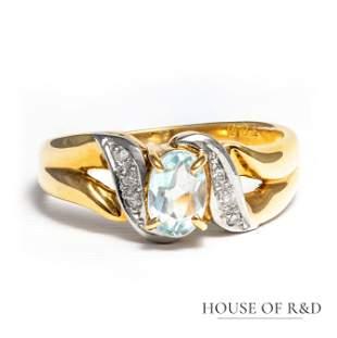 18k Yellow Gold - 0.47tcw - Aquamarine & Diamond Ring