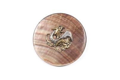 AN EXTRA LARGE DIVISION I PEARL BACKED GRIFFIN BUTTON