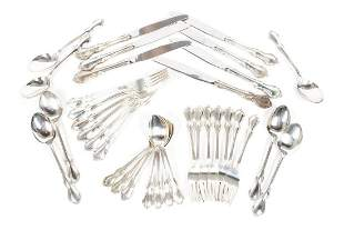 REED & BARTON STERLING SILVER FLATWARE SERVICE FOR