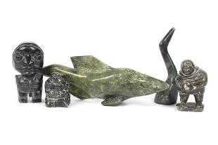 GROUPING OF INUIT CARVINGS