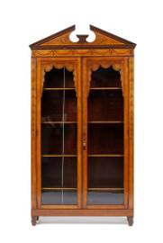 FINELY INLAID ENGLISH NEO-CLASSICAL SATIN WOOD DISPLAY