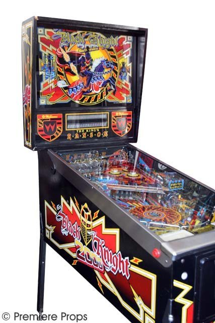 105: Black Knight 2000 Pinball Machine