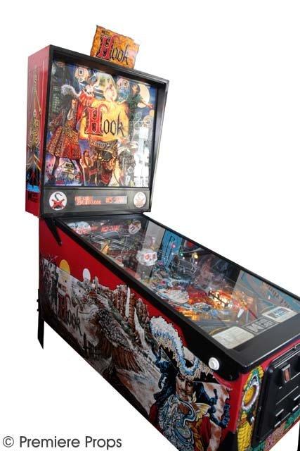 125: Hook Pinball Machine