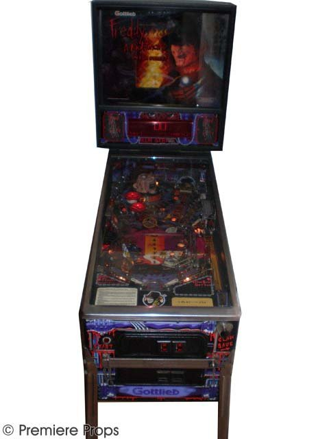 230: Freddy - Nightmare on Elm Street Pinball Machine - 2