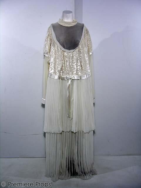 879: NORBIT - Rasputia's (Eddie Murphy) - Wedding Dress - 2