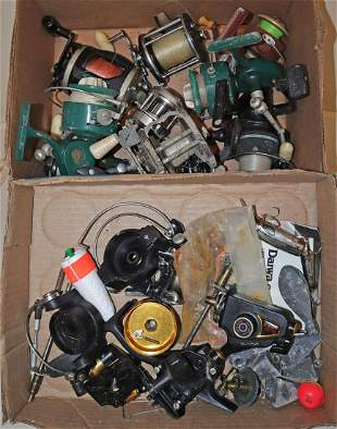 Group lot of vintage fishing reels and parts