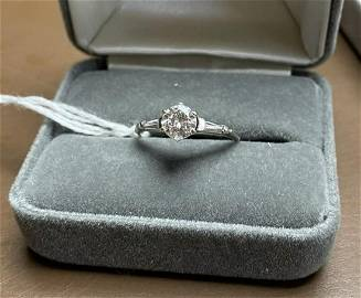 Almost 1 full Ct diamond 14K gold ring Size 8 Total