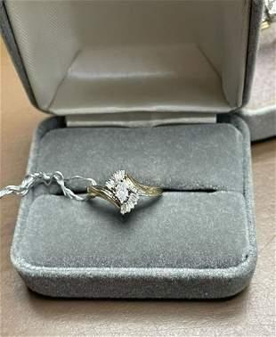 14K yellow gold diamond ladies ring Size 6 Total