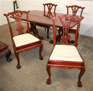 Indonesian mahogany dining room table + 4 chairs