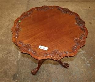 Sol mah tilt top pie crust table