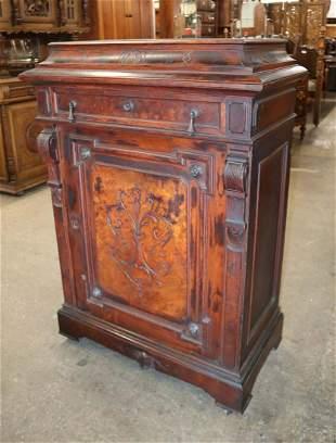 Antique walnut Vict side cabinet