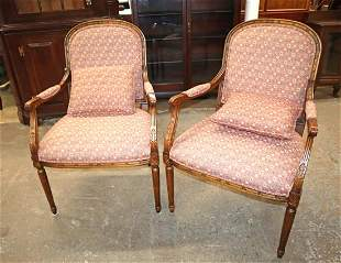 Pair of Ethan Allen country FR arm chairs