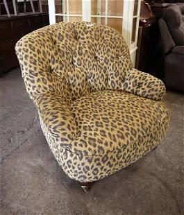 Vint button tuft cheetah uph club chair