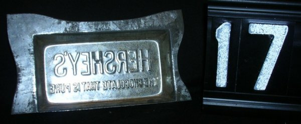17: Hershey Chocolate Small Candy Bar Mold