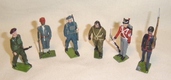 616: (6) Pcs. Britains Infantry