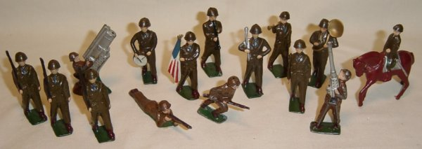 621: (15) Pcs. Japanese-made WWII Infantry