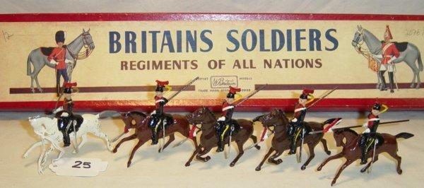625: (5) Pcs. Britains Set #2076