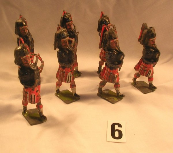 6: (7) Pcs. Britains Scots Guards Pipers Toy Soldiers