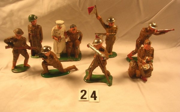 24: (8) Barclay Soldiers Lot Doctor & Patient