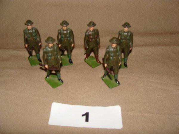 1001: Britains British Infantry in Steel Helmets