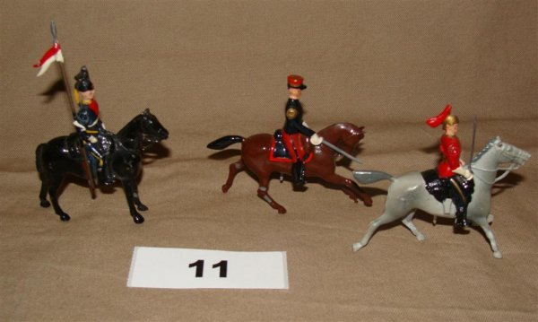 1011: Britains Cavalry Lot Toy Soldiers