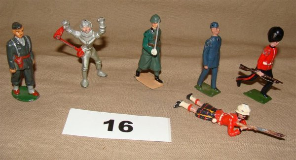 1016: Britains Miscellaneous Infantry Lot Toy Soldiers