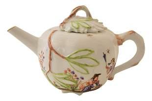 Little teapot, Meissen   Kleines Teekännchen,