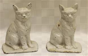 Pair of Small CAst Iron Cat Bookends Condition: Normal