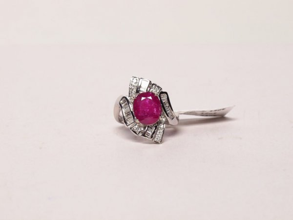 427: Jewelry: Ruby and Diamond Ring