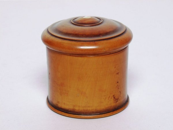 7: Antique Treen Container
