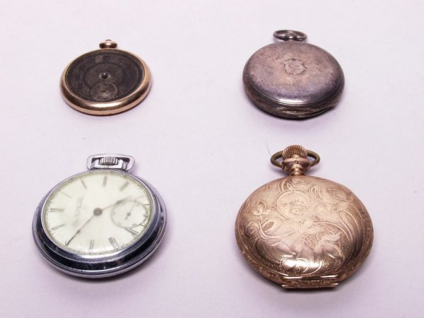 15: Estate Lot of Pocketwatches and Cases