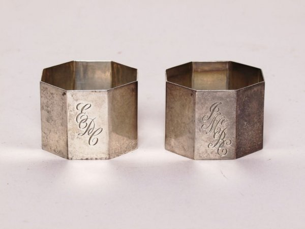 416: Antique English Sterling Pair Napkin Rings