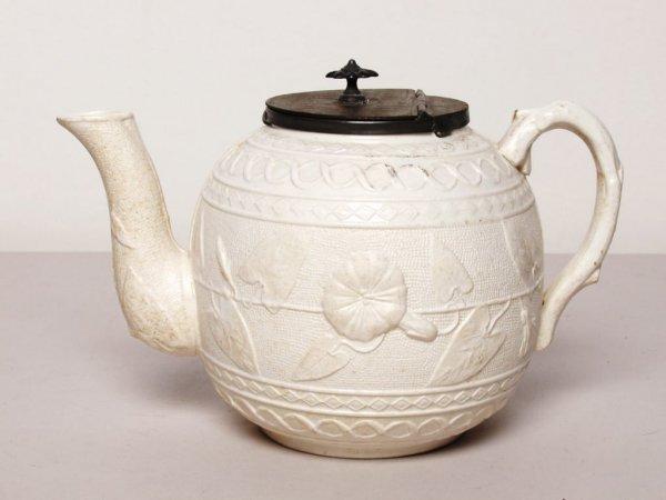 424: British Ceramic Tea Pot