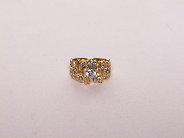 327: 14K Gold and Diamond Ring
