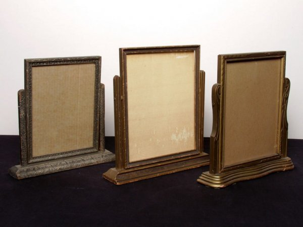 17: 3 Art Deco Pivoting Table Frames