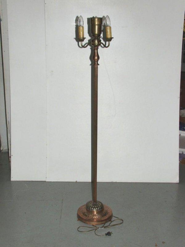 18: Vintage Lighting: Deco Floor Lamp