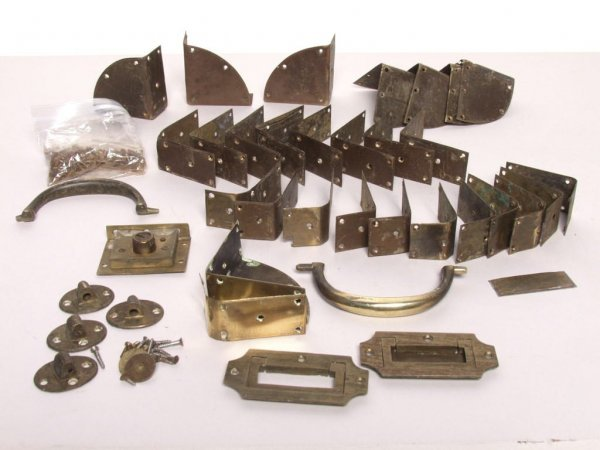 21: Lot of Metalware for Oriental Chest