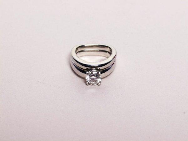 568: 1.01 Cts Diamond Ring