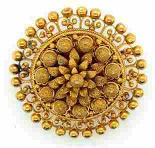 Victorian 18K Yellow Gold Round Brooch