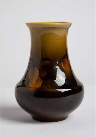 ROOKWOOD American Pottery Vase # 517C
