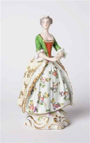Fine Antique DRESDEN Porcelain Figurine Lady