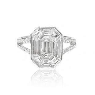 Baguette Cut Diamond Illusion set Ring in 18K White